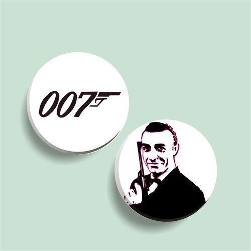 sada placek - Bond, James Bond