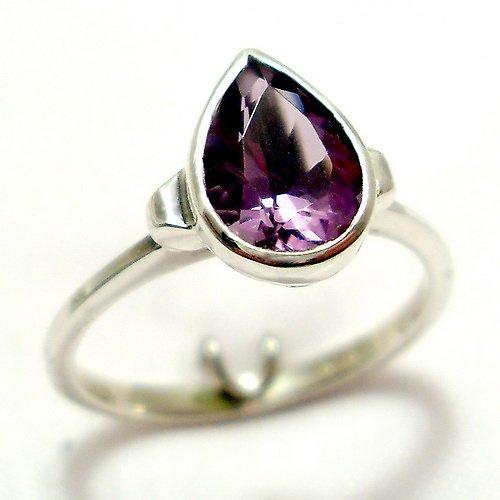 Prsten «Déšť»  - stříbro 925, přírodní ametyst
