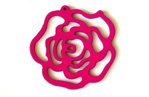 dřevěná růže- sytě růžová