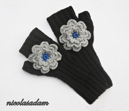 Rukavičky černé s šedou kytičkou na přání :)