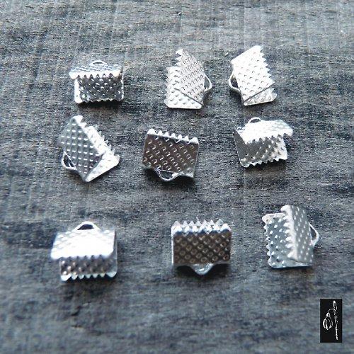 Koncovka 6x8 na stužky, platinová barva, 12 ks