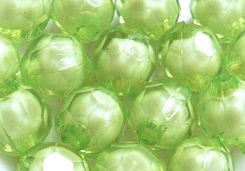 Plastové kuličky broušené 7 mm - sv.zelená / 10 ks