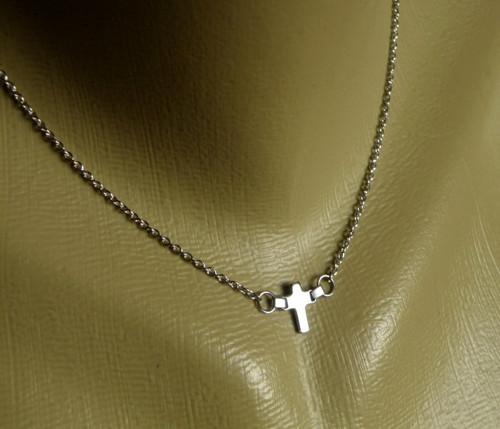 Náhrdelník-  Nerezový křížek