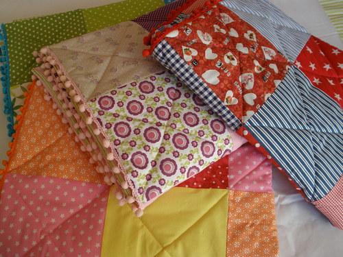 nové praktické deky pro mimísky.........