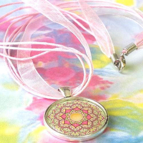 Náhrdelník Sluneční mandala