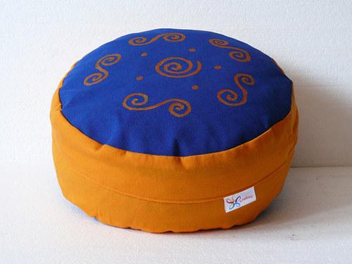 Meditační sedák - malované spirálky, 12 cm výška