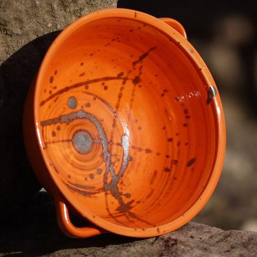 miska Ušatka - Oranžáda