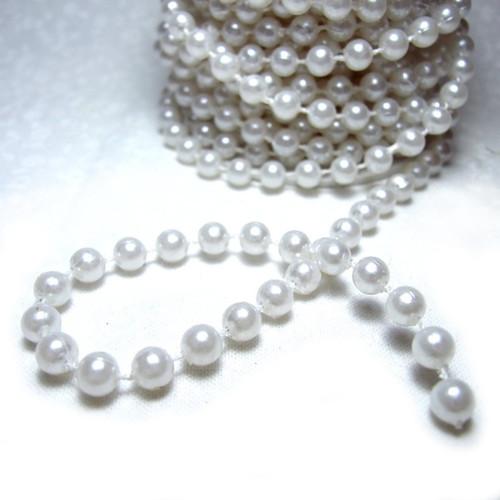 Perličky na šňůrce 6 mm; 1 m