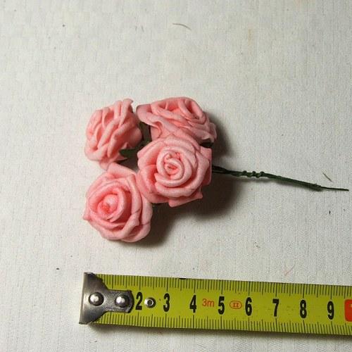 Pěnová růže - cena za 4 ks - růžová tmavá