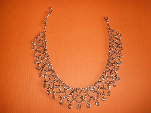 Společenský náhrdelník