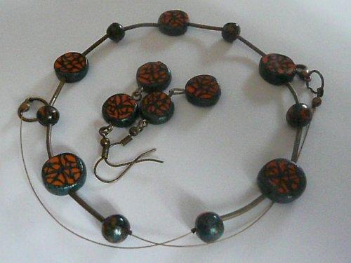 oranžovo-zelený náhrdelník a náušnice