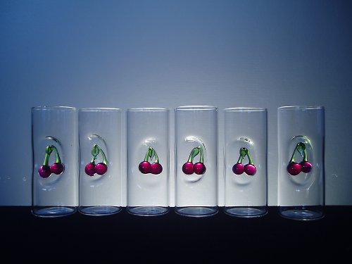 SKLENIČKY - PAŇÁCI s třešněmi-višněmi,6 ks