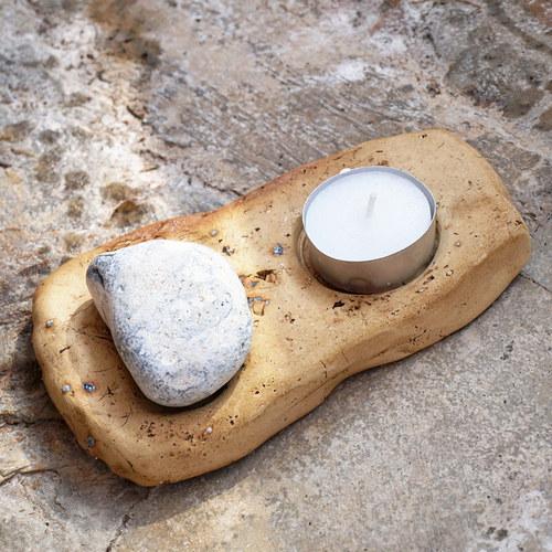Hry s kamenem - svícen