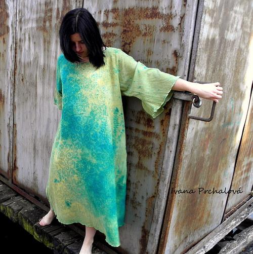 Lesní žínka - šaty (vyrobím na míru)