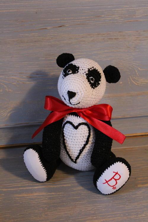 Háčkovaná panda Barunka