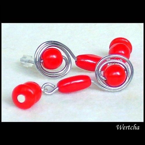 Červené pecky