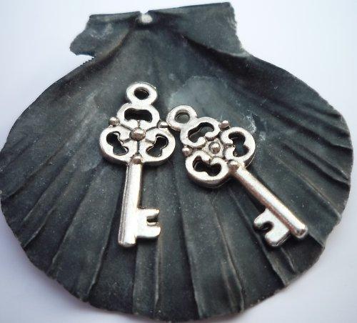 kovové klíče 4 ks