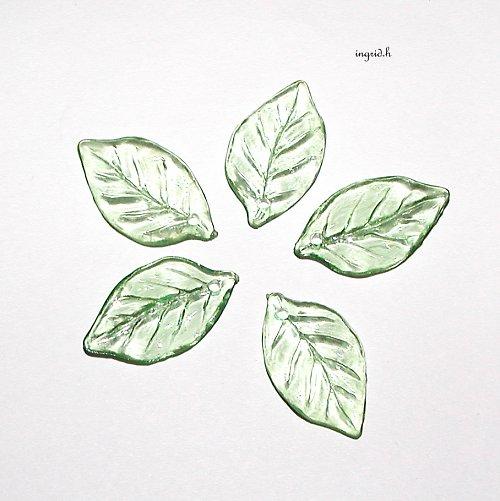 Zelené lístky 10 ks