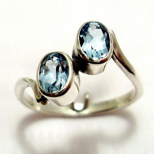 Prsten «Pusinka» - stříbro 925, modrý topaz