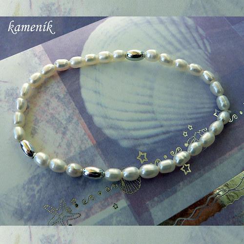 Říční perly se stříbrnými olivkami - náramek