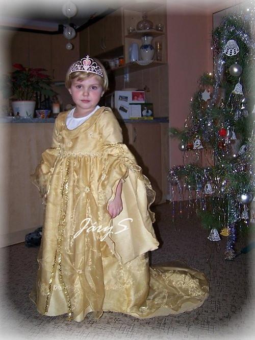 Zlaté šaty pro princeznu vel.128
