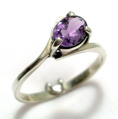 Prsten «Angie»  - stříbro 925, přírodní ametyst