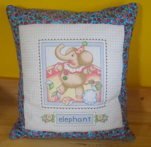 dětský polštářek se slonem