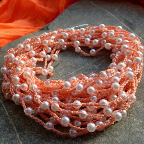 Náhrdelník Lososový s perličkami