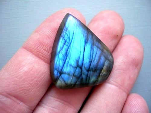 Kabošon - labradorit modrý 31 mm, č.322