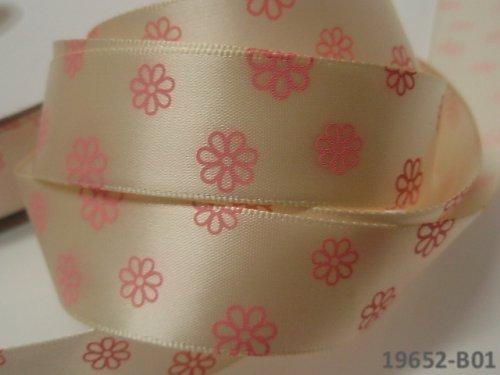 19652-B01Stuha 22mm s květy SMETANA, svazek 2m