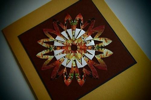 Květina z origami papíru