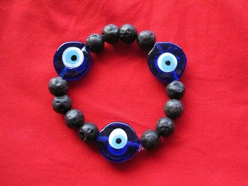 Lávový náramek s modrým okem pro štěstí!