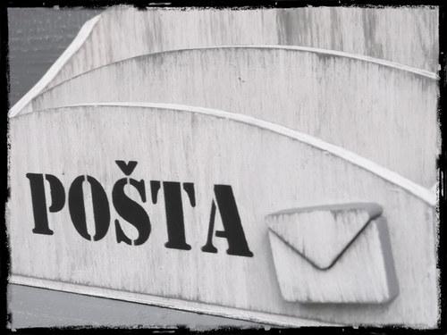 Stojan na poštu nový!!!- bílá patina