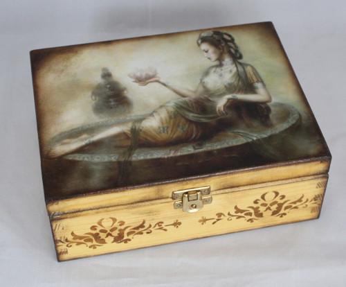 Krabička na čaj  s orientálním motivem