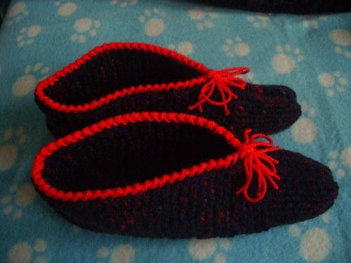 Pletené papuče tmavé I
