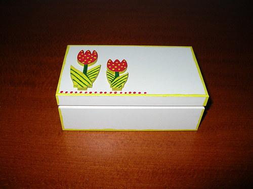 Krabička na poklady s tulipány
