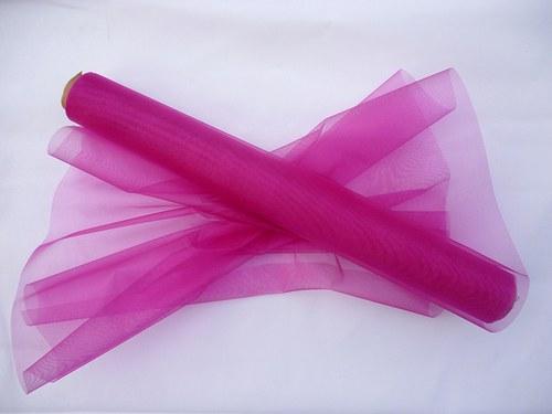 Organza růžovofialová neobroubená (barva č.10)