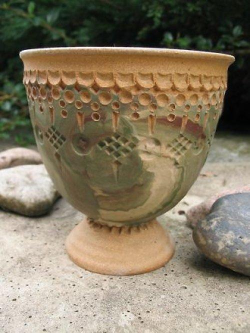 Zalešťovaný pohár