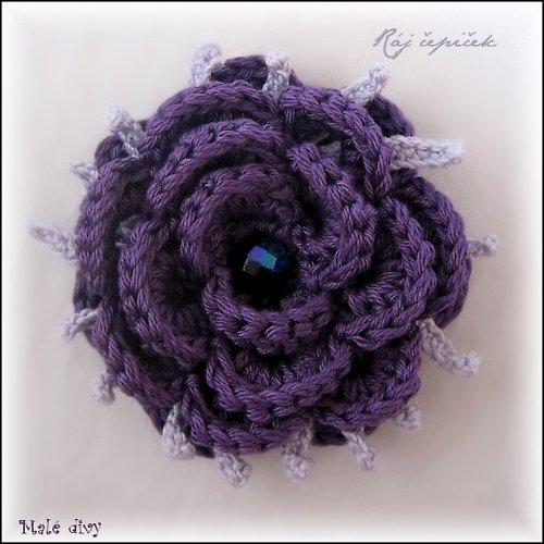 Fialový květ - brož
