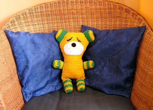 Medvídek do postýlky