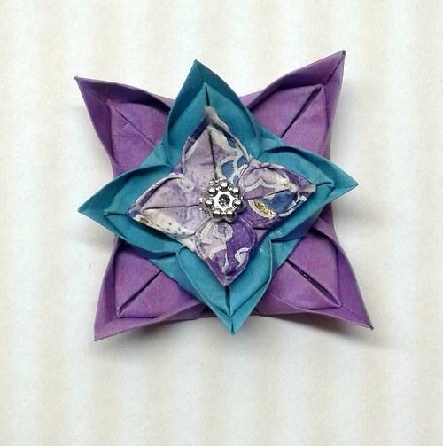 Borůvková nálada - origami brož