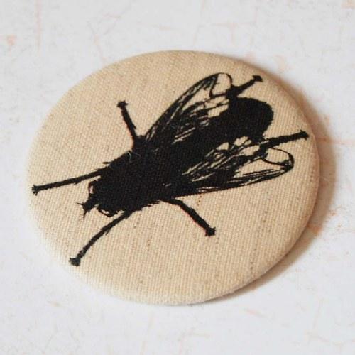 zrcátko moucha