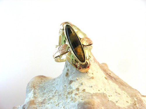 Gold&Tiger eye -  prsten zlatý s Tygřím okem.
