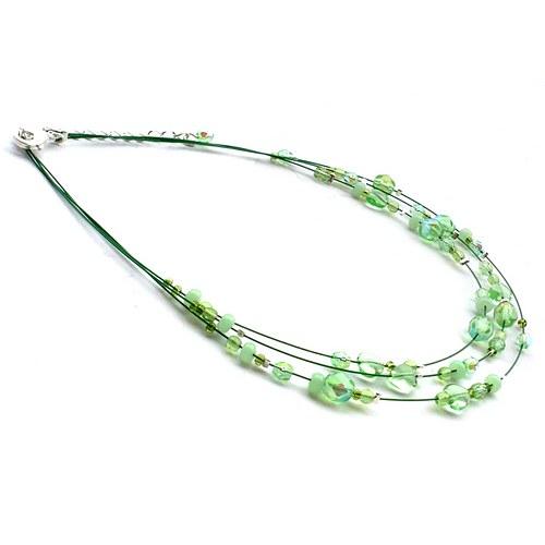 Světle zelený dětský náhrdelník