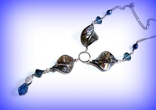 Blue leafs náhrdelník