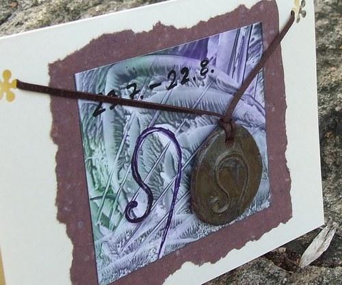 Přáníčko s keramickým přívěškem - znamení Lev