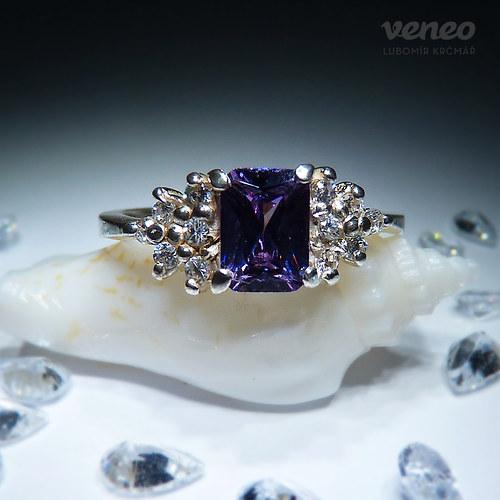 Princezna - prsten s ametystem a čirými zirkony