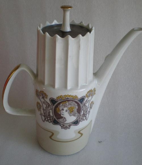 porcelánová konvice Aurelia