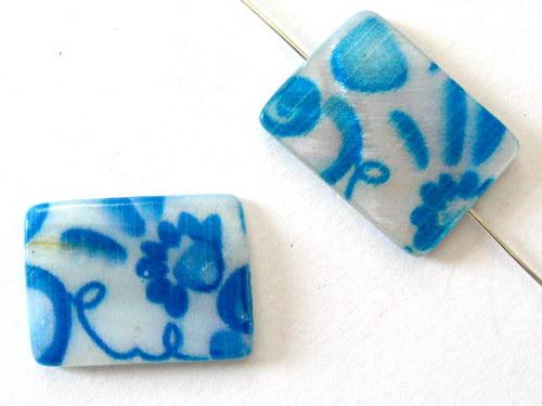 0705019/Perleťový obdélník s modrými květy