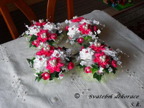 Dekorace na svatební tabuli